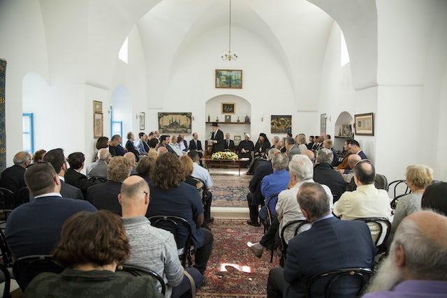 Rencontre intereligieuse : juifs, musulmans, chrétiens, société civile... 1159_00
