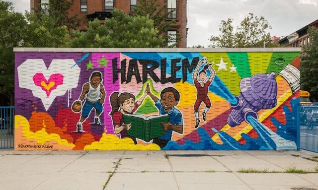 Murals As Symbols Of Solidarity Resilience Bah 225 237 World