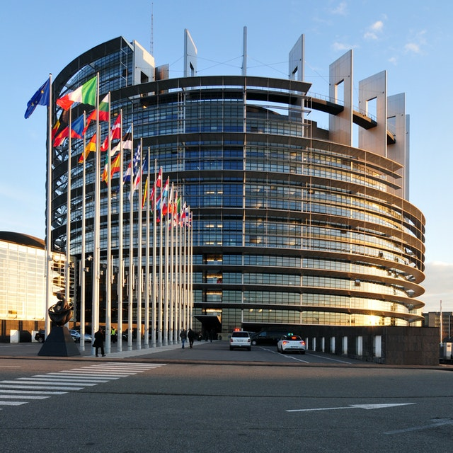 The European Parliament building. Over 100 members of the European Parliament and national Parliaments throughout Europe have signed a statement calling for the release of all Yemeni Baha'i prisoners. (photo accessed via Wikimedia Commons)